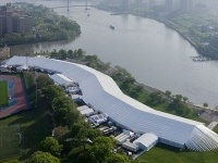 La Frfieze Art Fair di New York e la maxi tenda a forma di serpente 