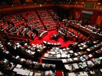 : Ok alla riforma delle professioni: ma per quanto? -   Il Parlamento chiede di riscrivere molte norme